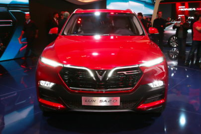 VinFast Unveils Vietnam's First Cars at Paris Motor Show 8