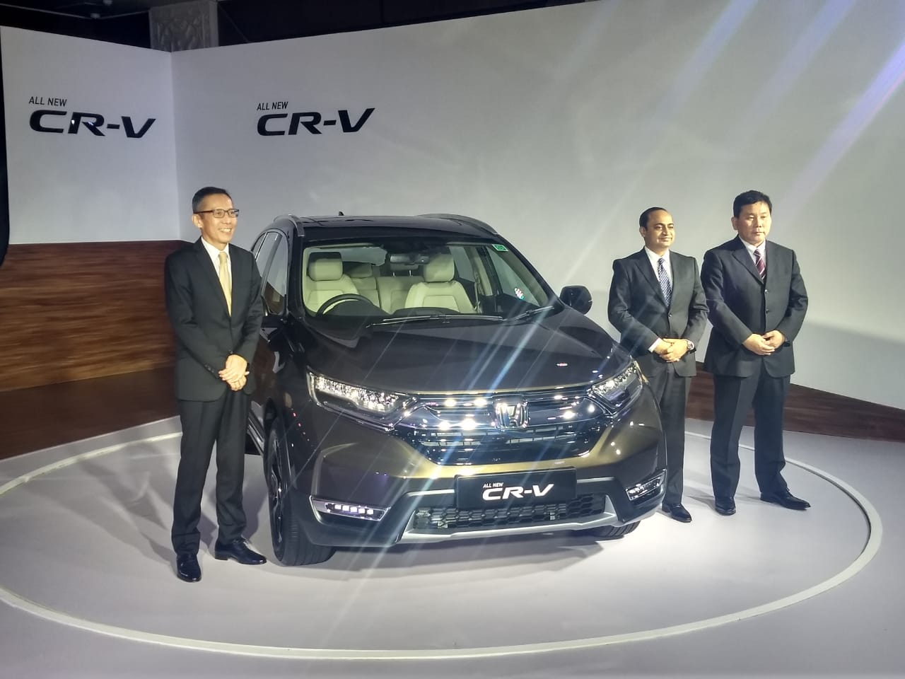 Honda Launches the 5th Gen CR-V in India for INR 28.15 lac 3