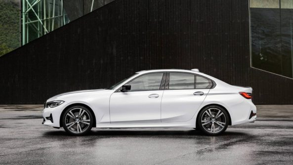 2019 BMW 3 Series Debuts at Paris Motor Show 20