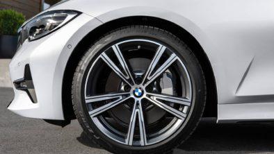 2019 BMW 3 Series Debuts at Paris Motor Show 23