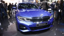 2019 BMW 3 Series Debuts at Paris Motor Show 1