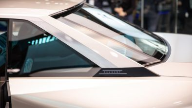 Retro-Styled Peugeot E-Legend Debuts at Paris Motor Show 12