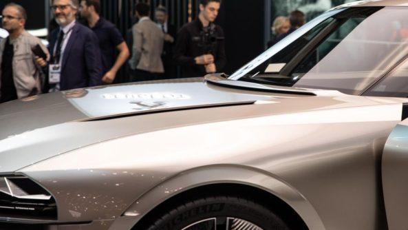 Retro-Styled Peugeot E-Legend Debuts at Paris Motor Show 10