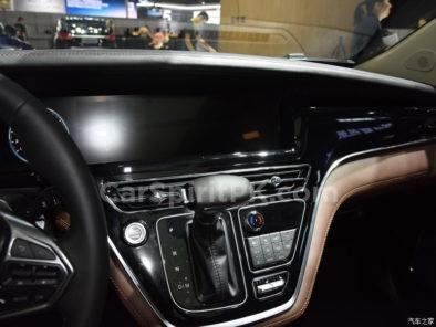 Hanteng Unveils the V7 MPV at 2018 Guangzhou Auto Show 24