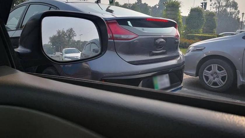 Hyundai Ioniq Spotted in Lahore 2