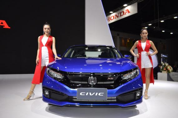 Honda Civic RS in Pakistan vs Elsewhere 5
