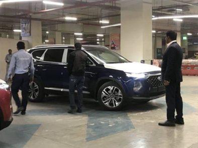 Hyundai Nishat Showcasing the Sante Fe 3