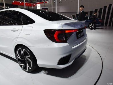 Honda Envix- Bigger than Civic, Smaller than City 4