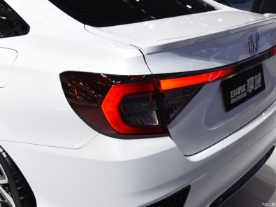 Honda Envix- Bigger than Civic, Smaller than City 5