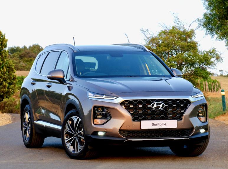Hyundai Nishat Showcasing the Sante Fe 6