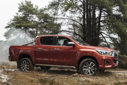 Should Toyota Introduce Hilux Revo Facelift in Pakistan? 9