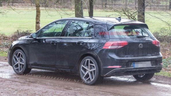 2020 Volkswagen Golf Spotted Undisguised 5