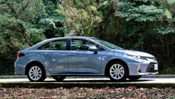 2019 Toyota Corolla Altis Launched in Taiwan 18