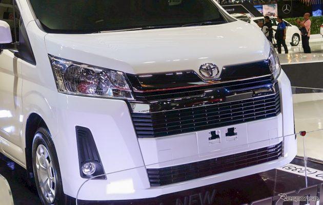 2019 Toyota HiAce Commuter at Bangkok International Motor Show 1