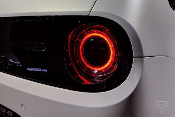 Retro Styled Honda E Prototype Unveiled at Geneva 8