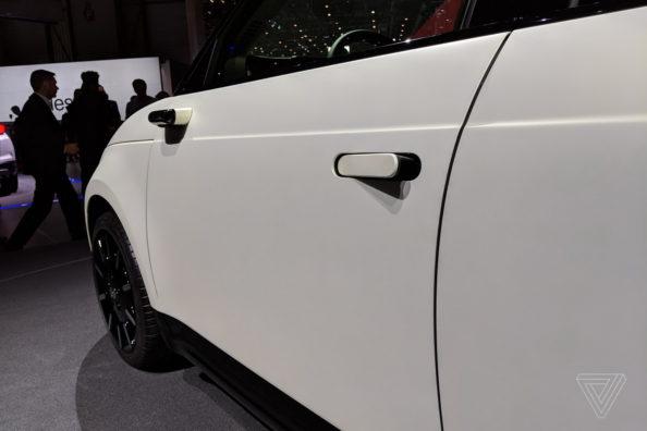 Retro Styled Honda E Prototype Unveiled at Geneva 7