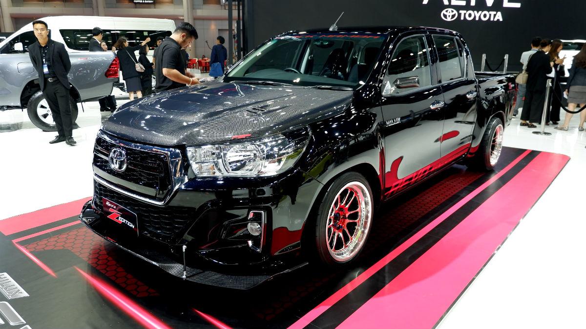 Toyota Hilux Revo Z Edition Black Mamba at 2019 BIMS 8
