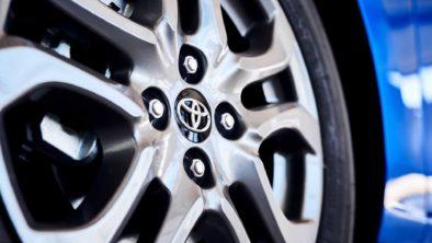 Toyota to Premiere Mazda-based Yaris Hatchback at NYAS 2019 8