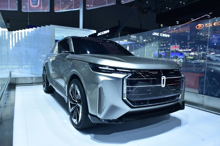 FAW Exhibits 20 Models at Auto Shanghai 2019 3