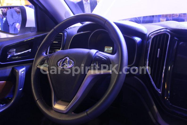 Changan Displays the CX70 SUV and A800 MPV at PAPS 2019 9
