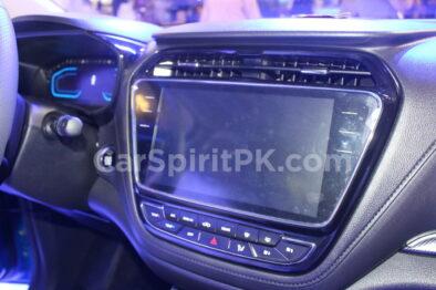 Changan Displays the CX70 SUV and A800 MPV at PAPS 2019 17