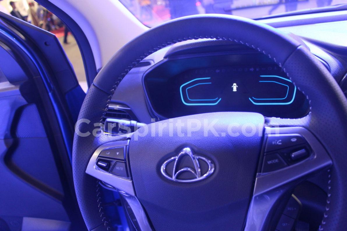 Changan Displays the CX70 SUV and A800 MPV at PAPS 2019 19