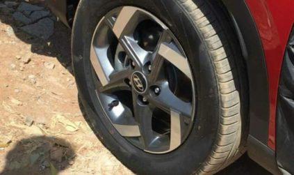 Hyundai Venue CUV Leaked Ahead of Debut 3