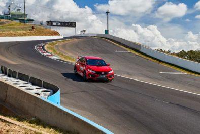 Honda Civic Type R Sets FWD Record at Bathurst 3