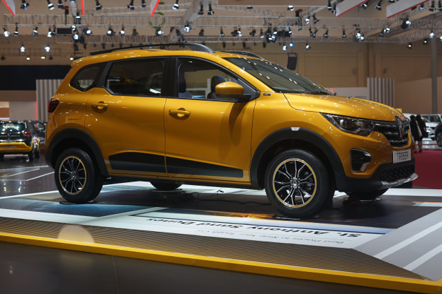 Renault Triber Debuts at 2019 GIIAS 4