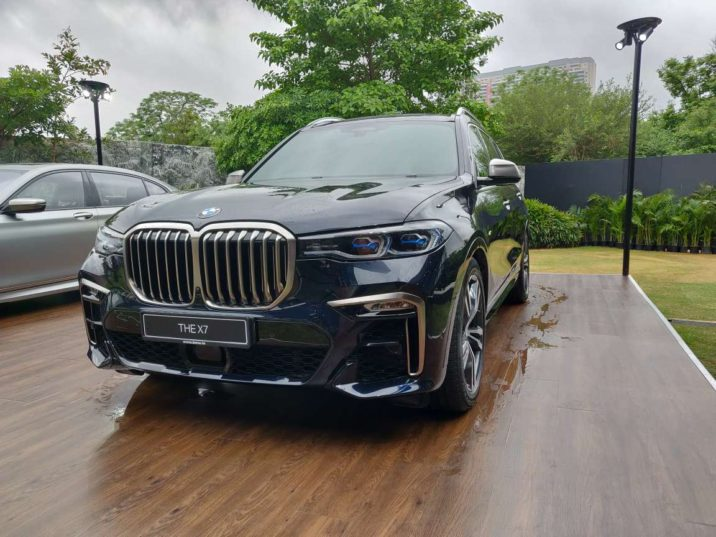 BMW X7 Launched in Pakistan and India 7