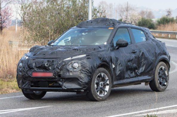 Next Generation Nissan Juke Teased Ahead of Debut 3