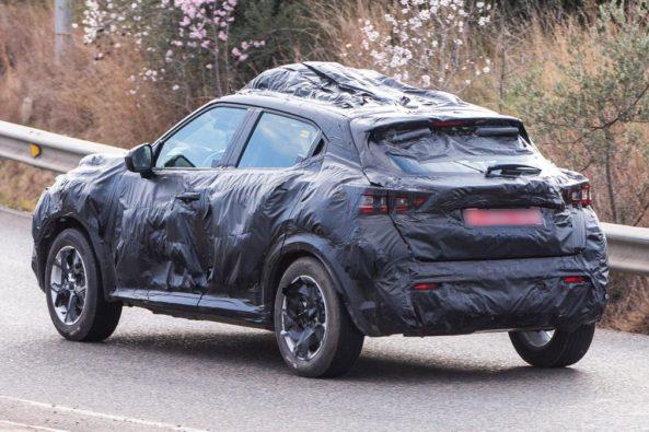 Next Generation Nissan Juke Teased Ahead of Debut 4