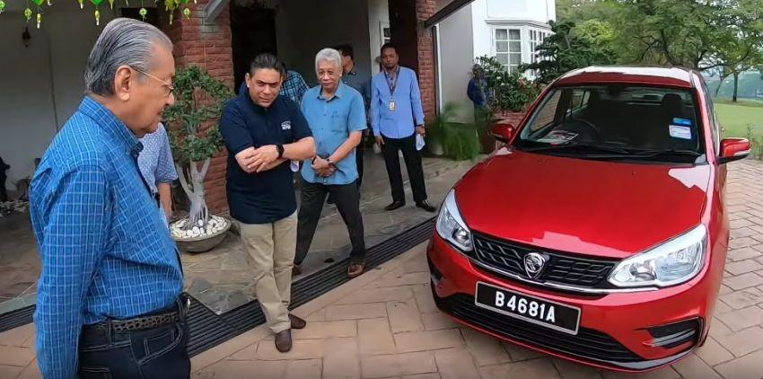 Mahatir Tests the New 2019 Proton Saga Facelift 1