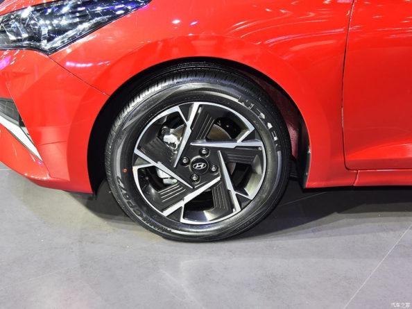 2020 Hyundai Verna Facelift Break Covers at Chengdu Auto Show 10