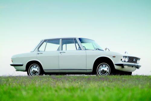 Remembering Mazda 1500 Sedan from the 1960s 9