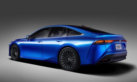 Toyota Snatches World Hydrogen Distance Record from Hyundai 15