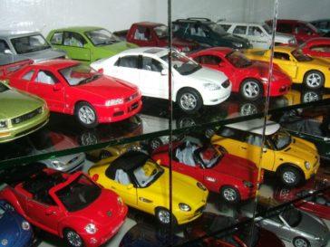 Aamir Ashfaq has Pakistan's Largest Collection of Die-Cast Cars 12
