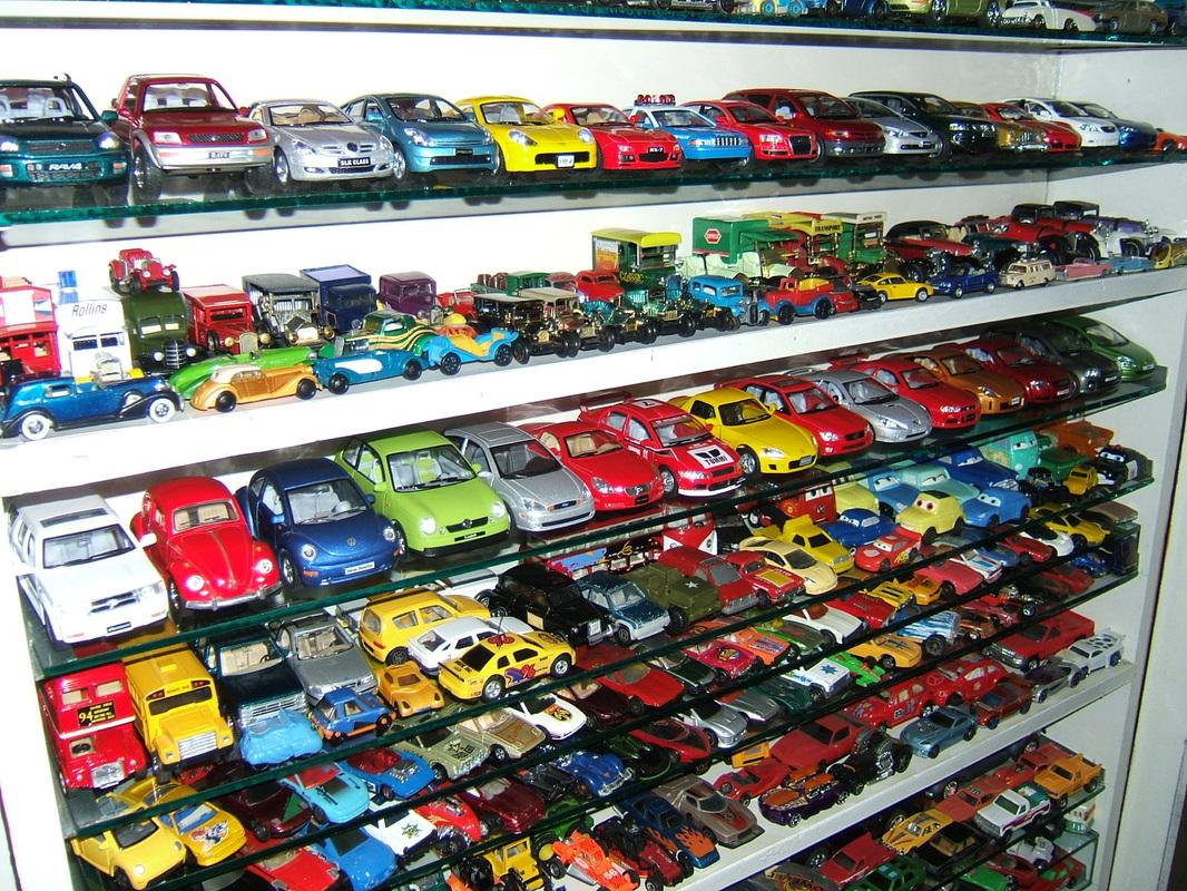 Aamir Ashfaq has Pakistan's Largest Collection of Die-Cast Cars 2