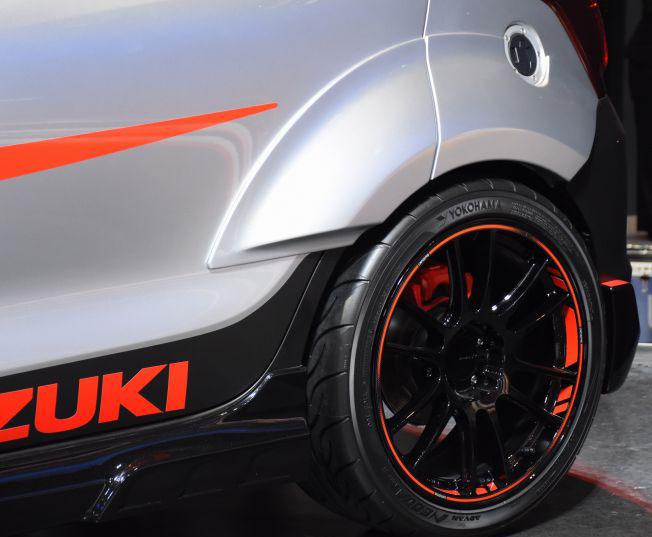Suzuki Displays Swift Sport Katana Edition at Tokyo Auto Salon 4