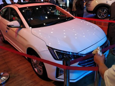 Pakistan-Bound Hyundai Elantra Becomes Outdated 2