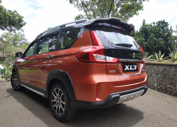 Suzuki XL7- The Honda BR-V Rival 12