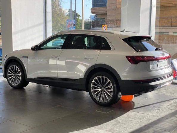 Audi Brings the E-tron Quattro Electric SUV to Pakistan 4