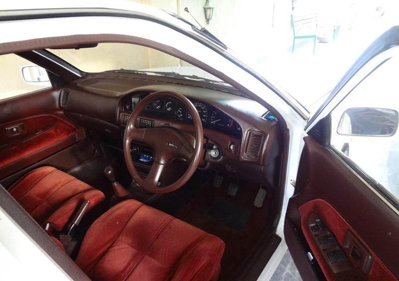 Remembering the Toyota Corolla E90 12