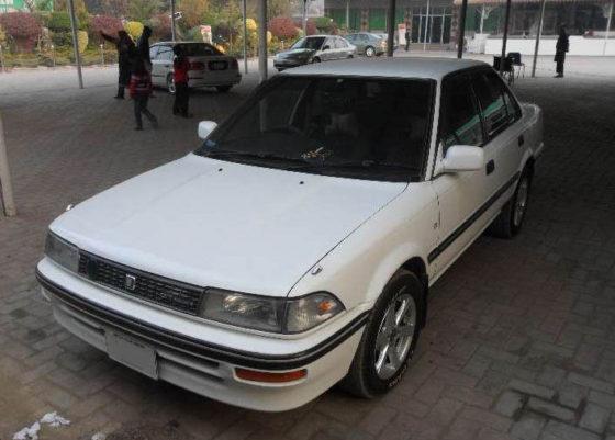 Remembering the Toyota Corolla E90 34