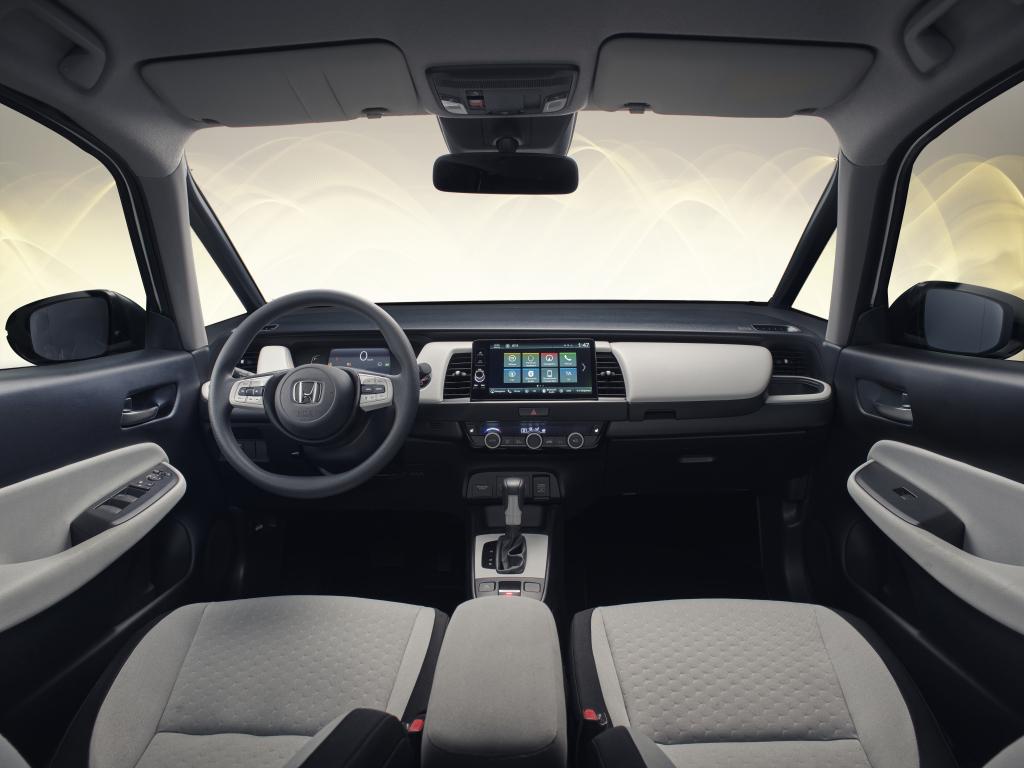 2020 Honda Jazz Adds Unique Front-Center Airbag 5