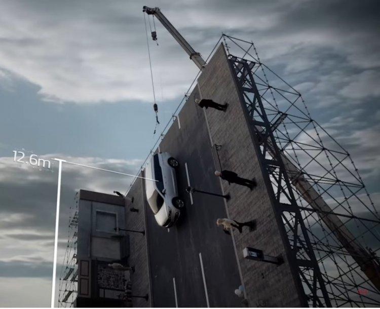 Kia Carnival's Impressive Vertical Crash Test 6