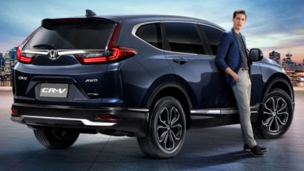 Honda CR-V Facelift Launched in Thailand 2