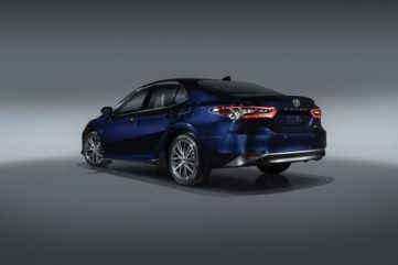 Toyota Camry Gets Facelift and Updated Features in USA 6