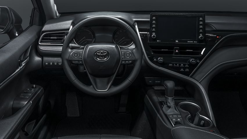 Toyota Camry Gets Facelift and Updated Features in USA 21