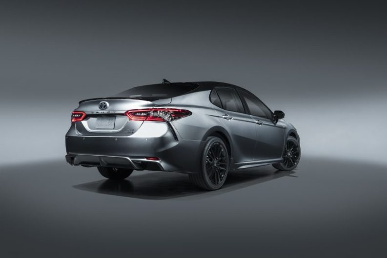 Toyota Camry Gets Facelift and Updated Features in USA 15